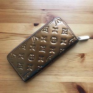 Luxurious Monogram Embossed GOLD Accordion Wallet